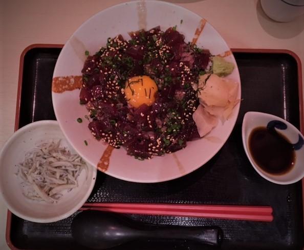 マグロ丼IMG_7845 (002).jpg